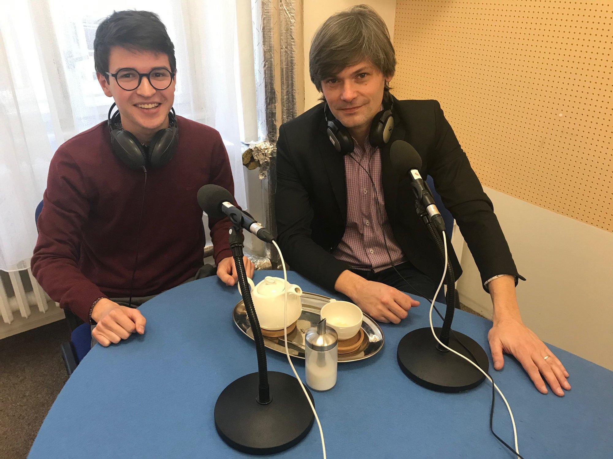 Redaktor Ondřej Havlíček s hostem Markem Hilšerem.